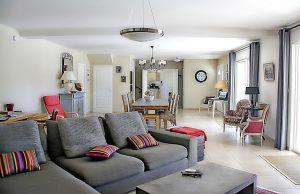 רהיטים בבית